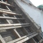 unsaniertes Dach